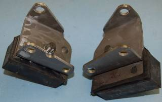 BBEB62-5K ENGINE BRACKET/INSULATOR KIT, 62-5 B BODY B/RB ENGINE